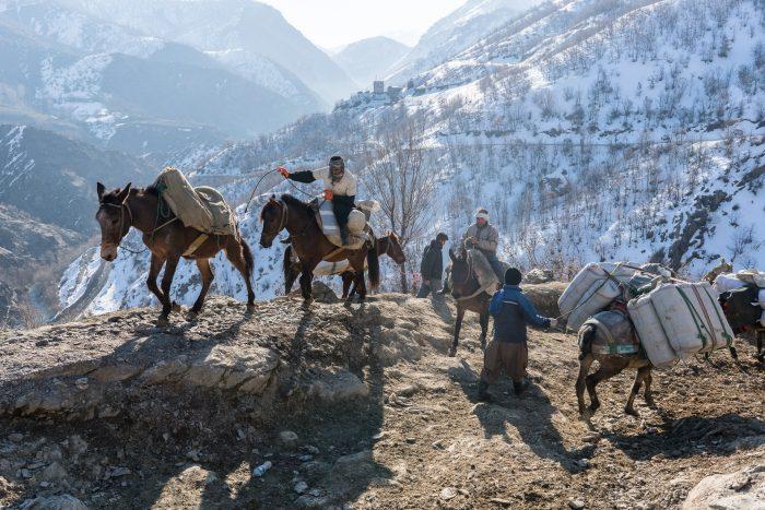 Village de Zale, Kurdistan, Irak, février 2017. Au fond, le poste frontière iranien.